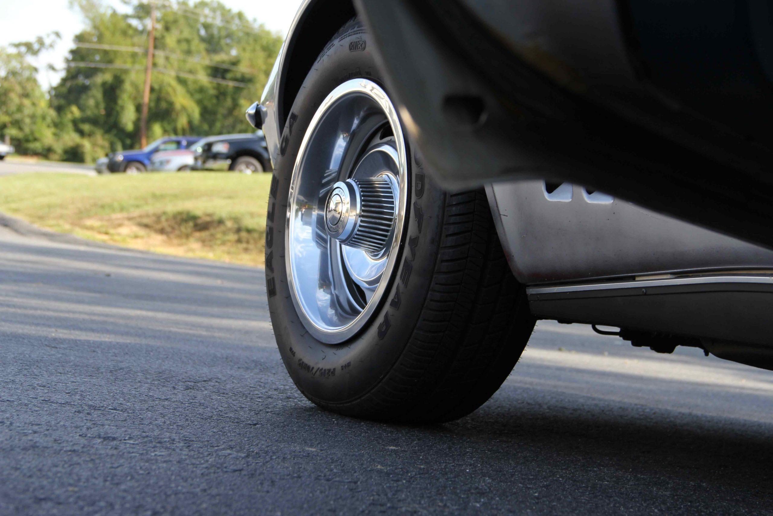 1965-1982 Corvette Brake Pad Installation