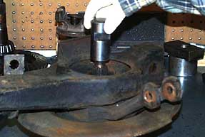 How to Rebuild 1965-1982 Corvette Rear Trailing Arm & Wheel