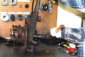 How to Rebuild 1965-1982 Corvette Rear Trailing Arm & Wheel