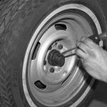 Corvette_front_wheel_bearing_replacement_17