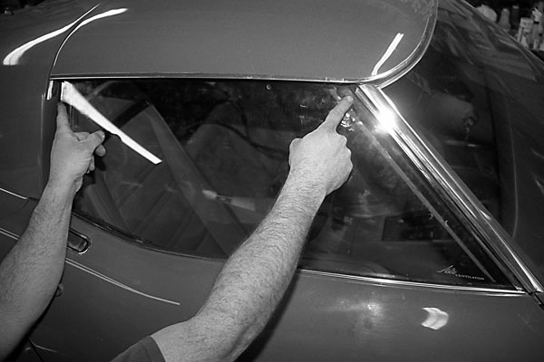 1968 1982 Window Regulator Roller Rebuild Corvette Magazine